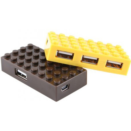 USB Lego 4-Port Hub II: Yet another LEGO-themed gadget